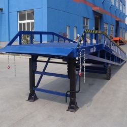 heavy duty forklift container ramps for warehouse