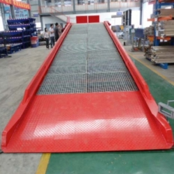 European styles mobile dock ramps